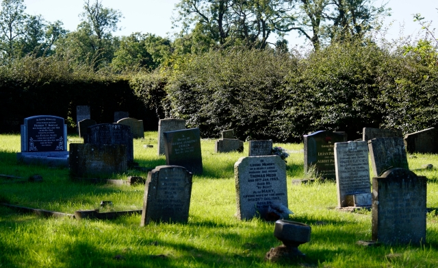 All Saint's Churchyard, Huntington